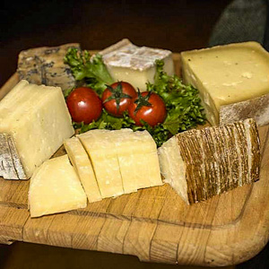 Cheese platter at Cavour 313, Rome