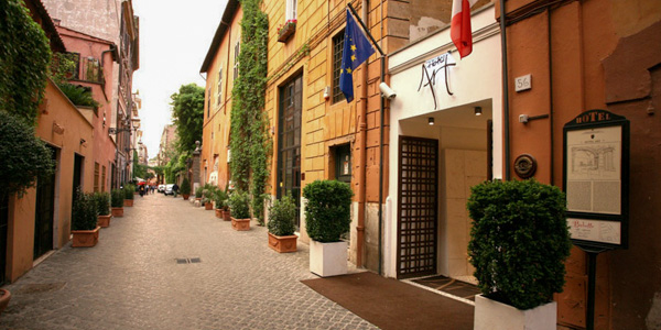 Front entrance to Hotel Art, Rome