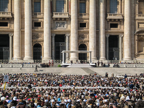 An outdoor papal audience in Rome