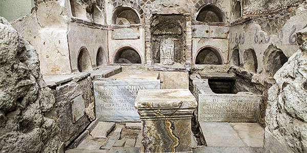 The Vatican Necropolis Of Via Triumphalis Below Gardens