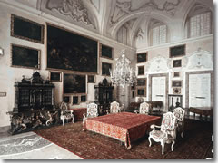 The Music Room on Isola Bella.