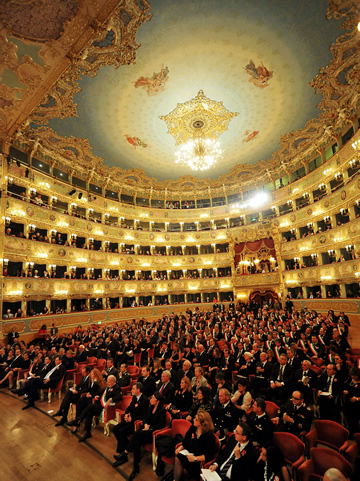 Pictures of opera house in venice